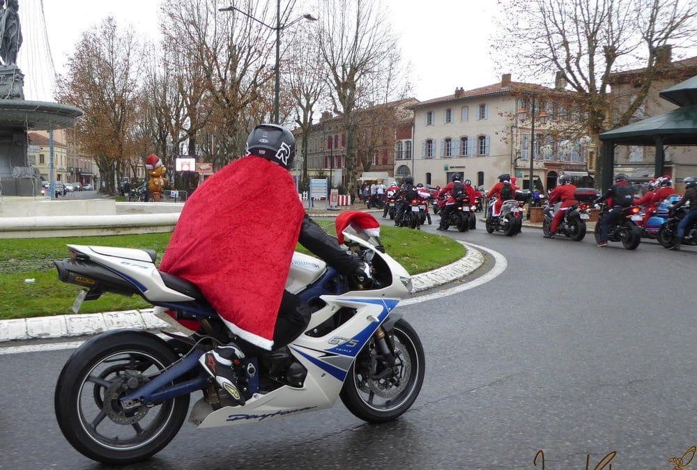 Défilé des pères Noël motards à Lavaur : retour sur le week-end des 19 & 20 décembre 2020